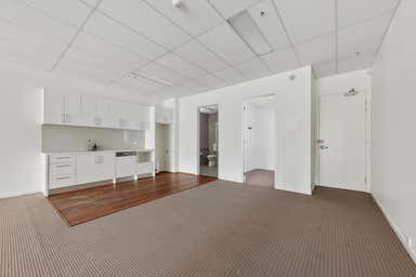1/143 Noone Street Clifton Hill VIC 3068 - Image 3