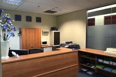 Suite 304, 737 Burwood Road Hawthorn VIC 3122 - Image 3