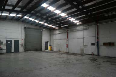 2/8 Hawker Street Airport West VIC 3042 - Image 4
