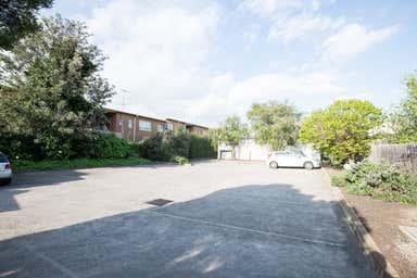 Room 2, Suite1, 127 Napier Street Essendon VIC 3040 - Image 4