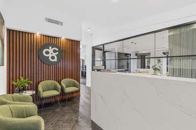 1/104 Margaret Street East Toowoomba QLD 4350 - Image 3