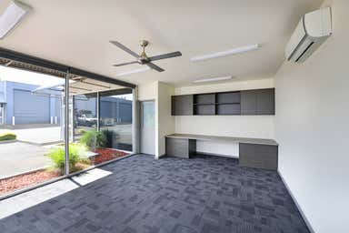 31/23-25 Bunney Road Oakleigh VIC 3166 - Image 3