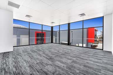 300 Lavarack Avenue Pinkenba QLD 4008 - Image 4