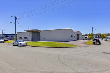 3 Geoffrey Street Caloundra QLD 4551 - Image 4