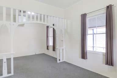 150 McDowall Street Roma QLD 4455 - Image 4