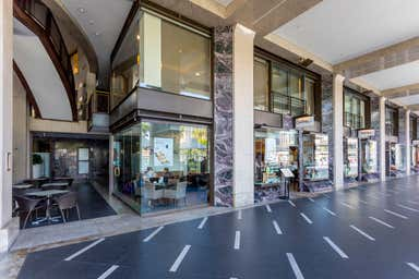 Opera Quays, Shop 10, 11 & Lot 54, 1a Macquarie Street Sydney NSW 2000 - Image 3