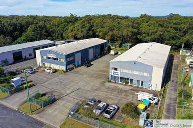20 & 22 Dee Crescent Tuncurry NSW 2428 - Image 3