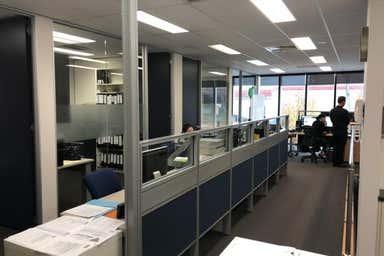 PHILLIP COURT, 2/2 Phillip Port Melbourne VIC 3207 - Image 3