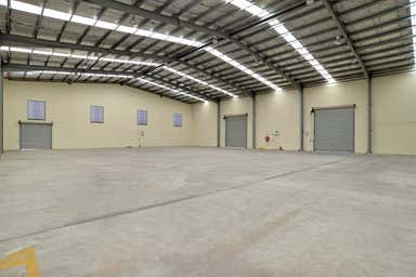 2/49 Borthwick Avenue Murarrie QLD 4172 - Image 3