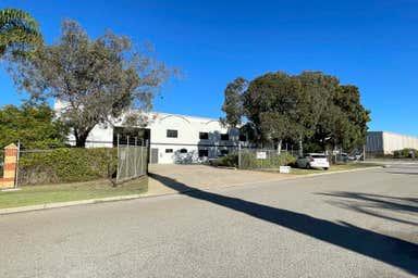 82 Chisholm Crescent Kewdale WA 6105 - Image 3
