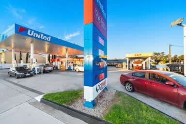 United Petroleum, 169-171 Tapleys Hill Road Seaton SA 5023 - Image 3
