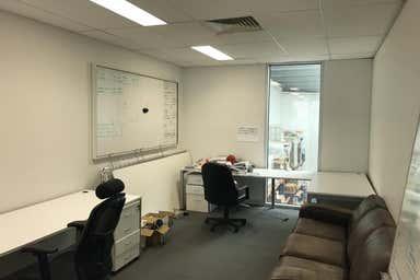 1-8 Rocklea Dr Port Melbourne VIC 3207 - Image 3