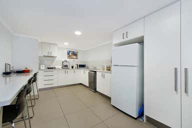 222 Barry Parade Fortitude Valley QLD 4006 - Image 4