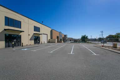 Unit 2, 63 Furniss Rd Darch WA 6065 - Image 3