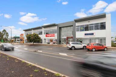 Mixed retail, 246 Curtis Road Munno Para SA 5115 - Image 4