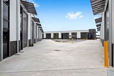 9 Lahey Close Sherwood QLD 4075 - Image 3