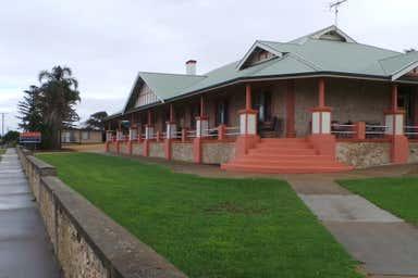 51 Chapman Terrace Kingscote SA 5223 - Image 4