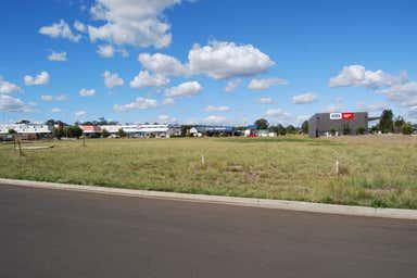 5 Rogers Drive Kingaroy QLD 4610 - Image 3