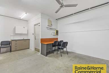 15/300 Cullen Avenue Eagle Farm QLD 4009 - Image 4