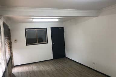2/11 Neumann Road Capalaba QLD 4157 - Image 4