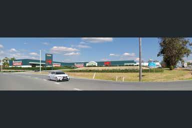 Bunnings Warehouse Kempsey 320 Macleay Valley Way Kempsey NSW 2440 - Image 3