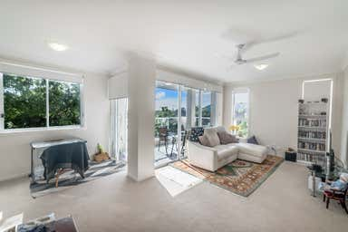 30 Lather Street Southport QLD 4215 - Image 3