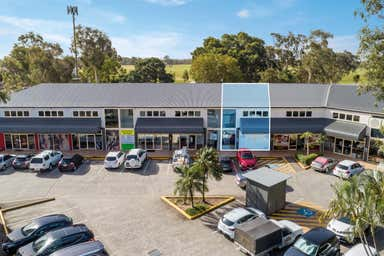 Unit 4 , 385 Oxley Drive Runaway Bay QLD 4216 - Image 3
