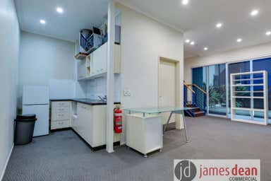 3/20 Rivergate Place Murarrie QLD 4172 - Image 4