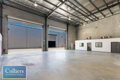 15/547 Woolcock Street Mount Louisa QLD 4814 - Image 3
