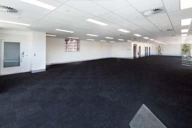 10 Siltstone Place Berrinba QLD 4117 - Image 4