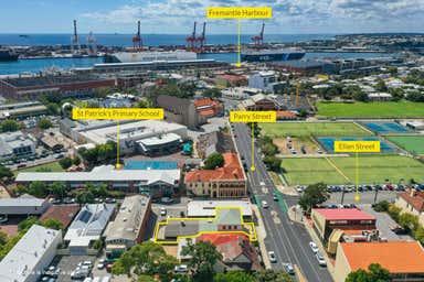 17 Parry Street Fremantle WA 6160 - Image 2