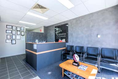 1/90 Fison Avenue Eagle Farm QLD 4009 - Image 4