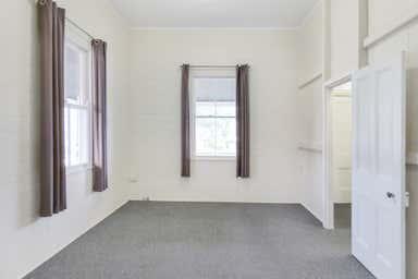 150 McDowall Street Roma QLD 4455 - Image 3