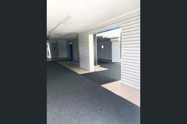 186 Brisbane Road Arundel QLD 4214 - Image 3