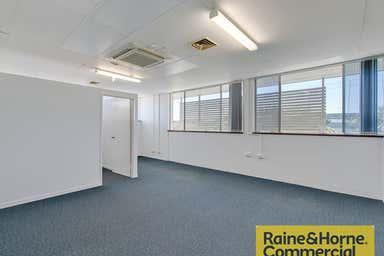 Suite 5/32 Hayward Street Stafford QLD 4053 - Image 4