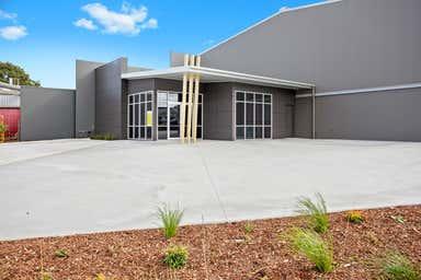 17-19 Mansell Street - T1-2 Wilsonton QLD 4350 - Image 3