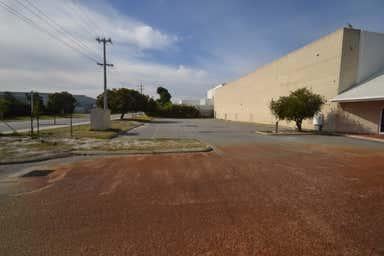 8 Cowcher Place Belmont WA 6104 - Image 3