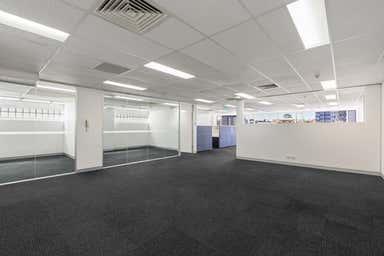Lot 11/Level 3, 41 Sherwood Road Toowong QLD 4066 - Image 4