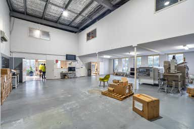 18 Millennium Circuit Helensvale QLD 4212 - Image 3