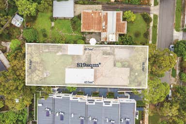 22 BAYLEY GROVE Doncaster VIC 3108 - Image 2