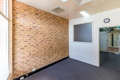 8/420 High Street Maitland NSW 2320 - Image 3