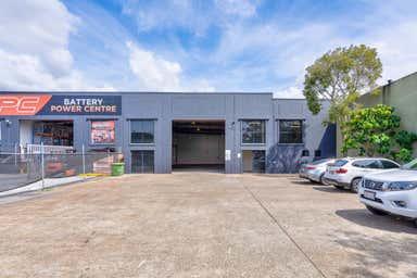 Unit 2, 29-31 Ereton Drive Arundel QLD 4214 - Image 4