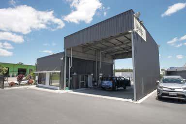 12 Briggs Court Kallangur QLD 4503 - Image 3