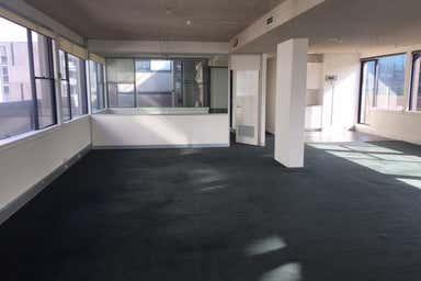 10th Floor, 608 St Kilda Road Melbourne VIC 3004 - Image 4