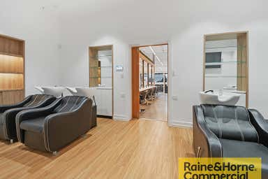 2/110 Macquarie Street Teneriffe QLD 4005 - Image 3