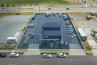 12 Briggs Court Kallangur QLD 4503 - Image 2