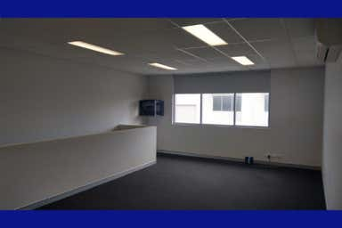 Unit 4, 9 Sainsbury Rd O'Connor WA 6163 - Image 4