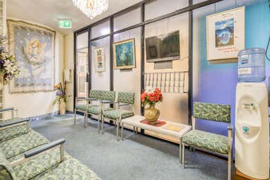 8/66 Station Road Indooroopilly QLD 4068 - Image 3