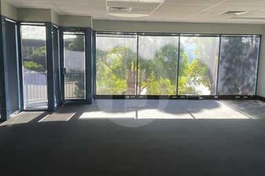 2/3 ST JAMES PLACE Seven Hills NSW 2147 - Image 3