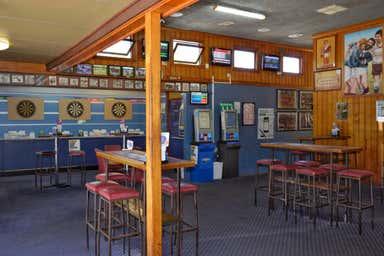 THE BROLGA HOTEL COLEAMBALLY, 2 Brolga Place Coleambally NSW 2707 - Image 4